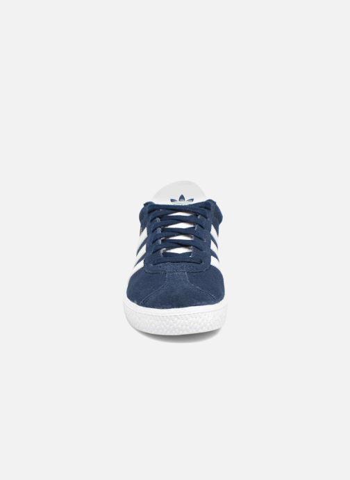 Deportivas adidas originals Gazelle C Azul vista del modelo