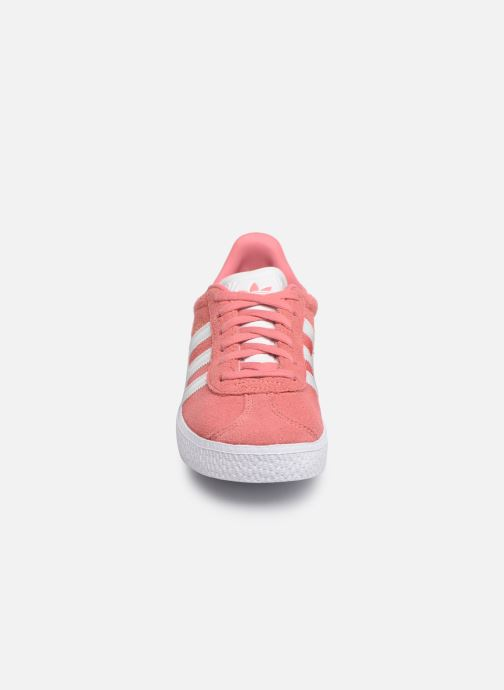 Trainers adidas originals Gazelle C Pink model view