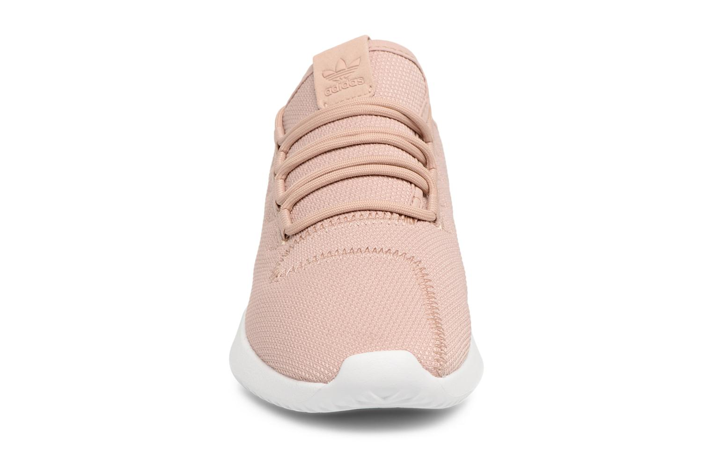Sneakers Adidas Originals Tubular Shadow J Beige modello indossato