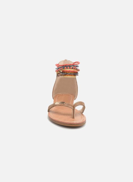 Sandali e scarpe aperte Les Tropéziennes par M Belarbi Ginkgo E Beige modello indossato