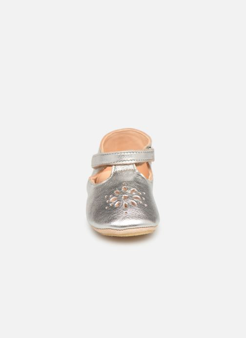 Chaussons Easy Peasy Lillyp Argent vue portées chaussures