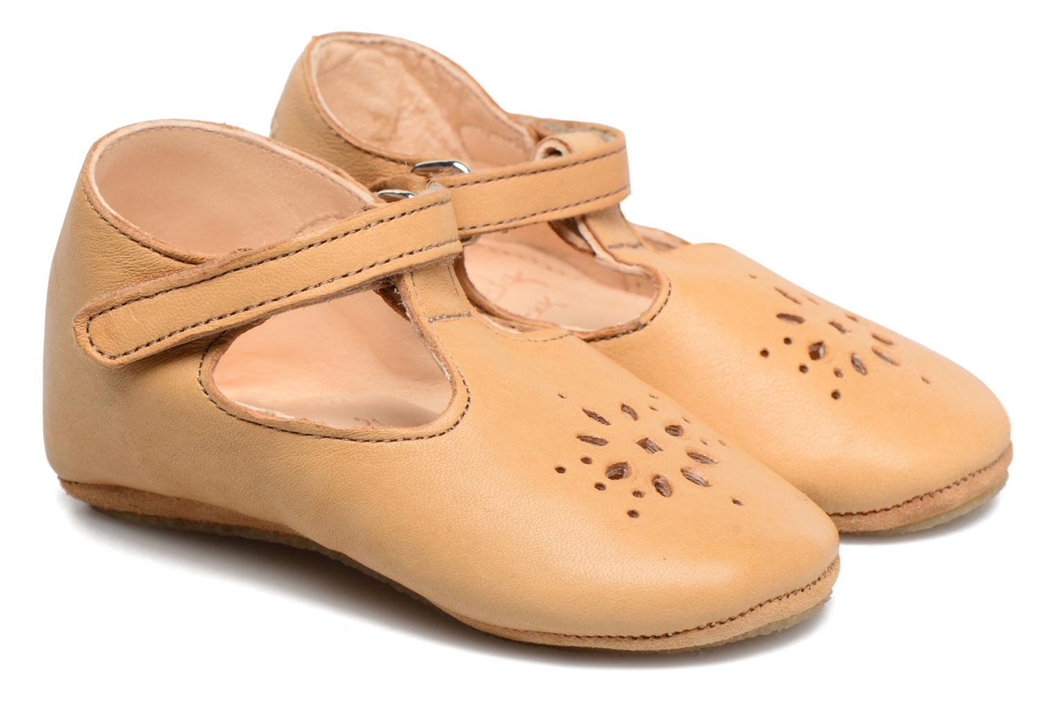 Chaussons Easy Peasy Lillyp Marron vue portées chaussures