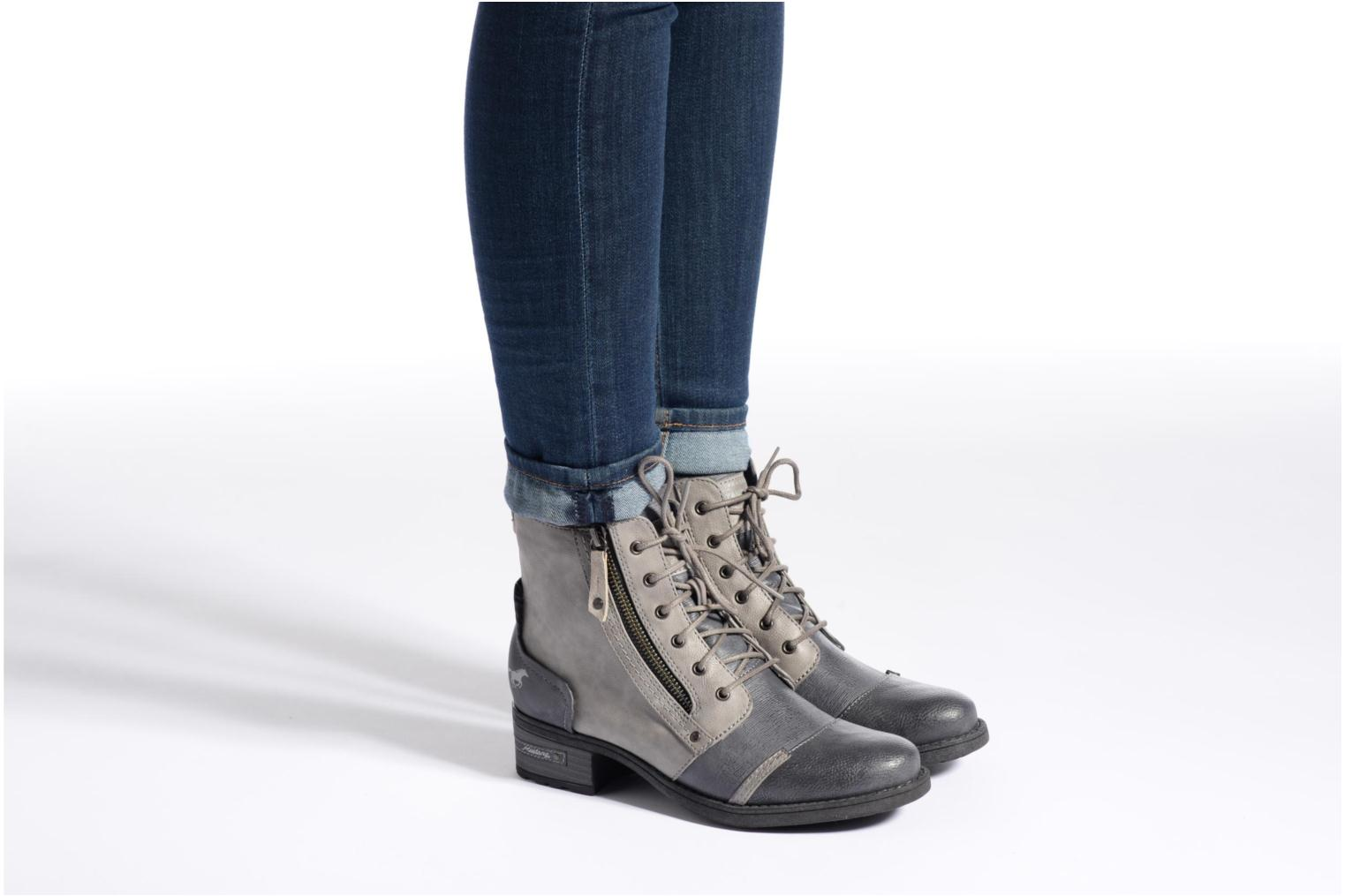 Ankle boots Mustang shoes Axelle Grey view from underneath / model view