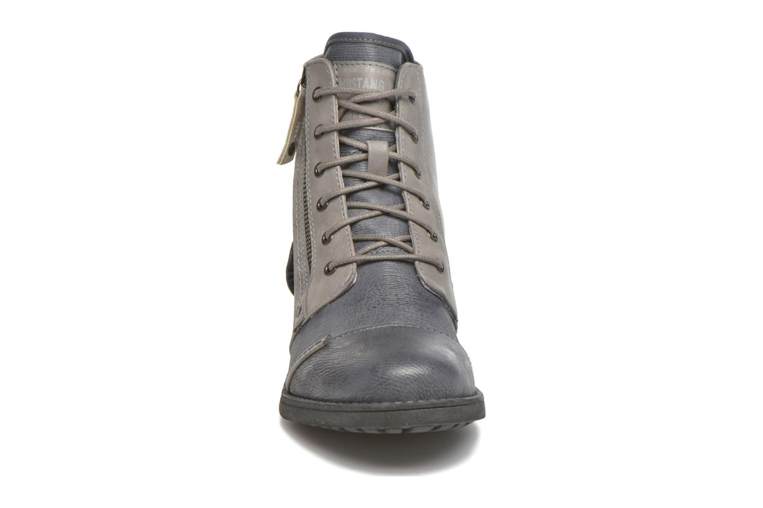 Ankle boots Mustang shoes Axelle Grey model view
