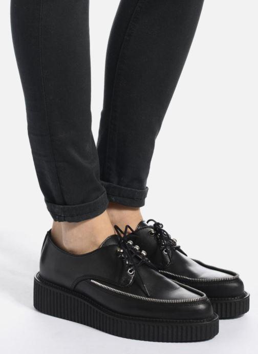 Chaussures à lacets Diesel D-Styny Zip Noir vue bas / vue portée sac