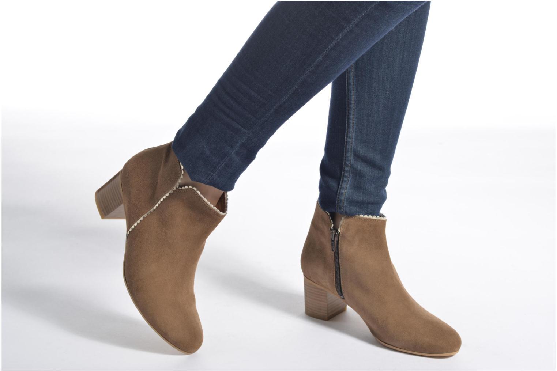 Bottines et boots Georgia Rose Celijo Marron vue bas / vue portée sac