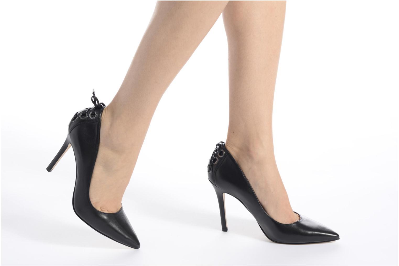 Zapatos de tacón Guess Bristol Negro vista de abajo