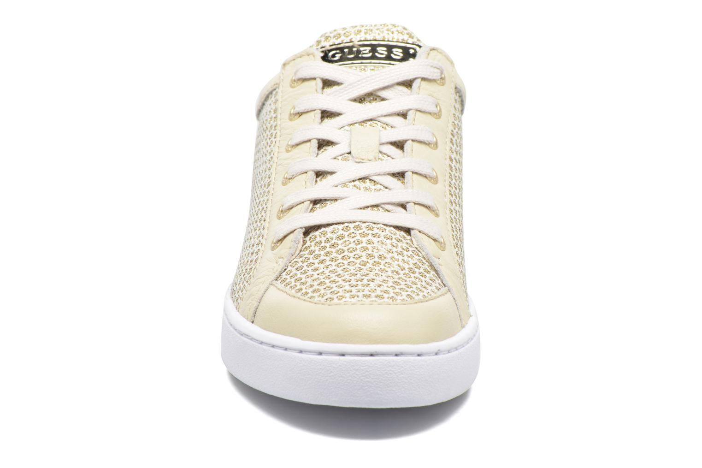 Sneakers Guess Glinna 2 Guld og bronze se skoene på