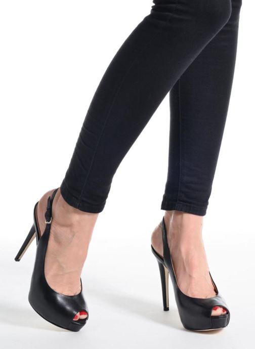 Zapatos de tacón Guess Huele Beige vista de abajo