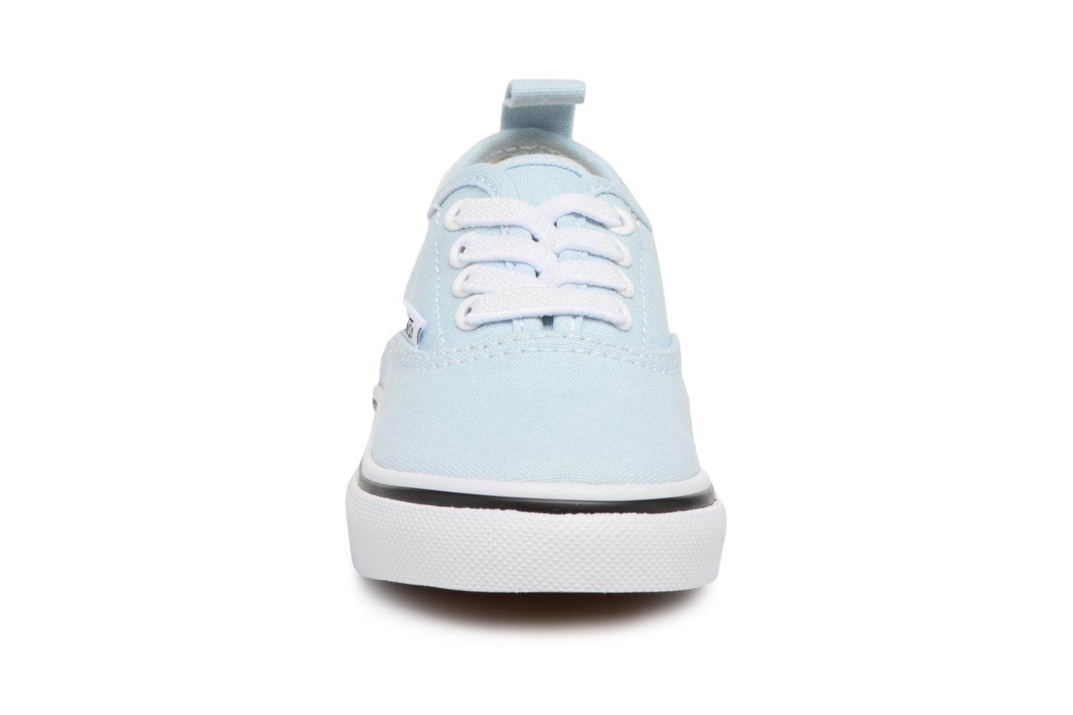 Deportivas Vans Authentic Elastic Lace BB Azul vista del modelo