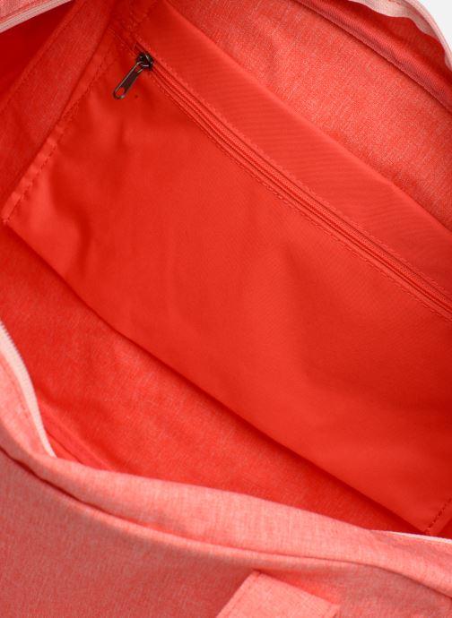 Sporttaschen Nike Women's Nike Gym Club Training Duffel Bag rosa ansicht von hinten