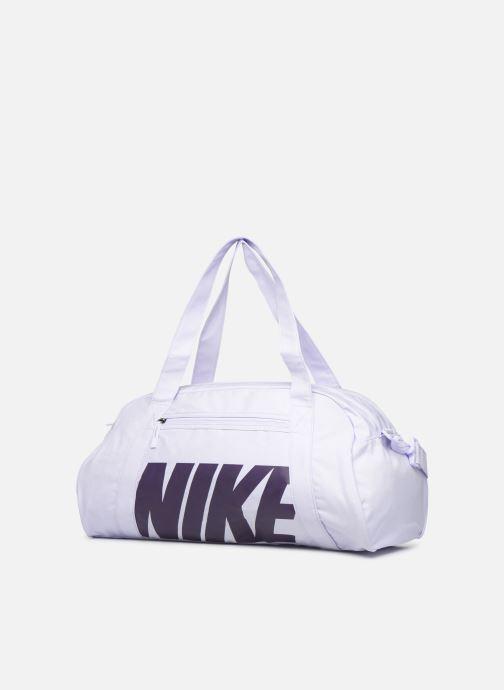 Sacs de sport Nike Women's Nike Gym Club Training Duffel Bag Violet vue portées chaussures