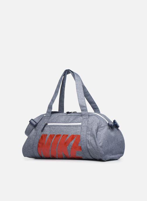 Bolsas de deporte Nike Women's Nike Gym Club Training Duffel Bag Azul vista del modelo