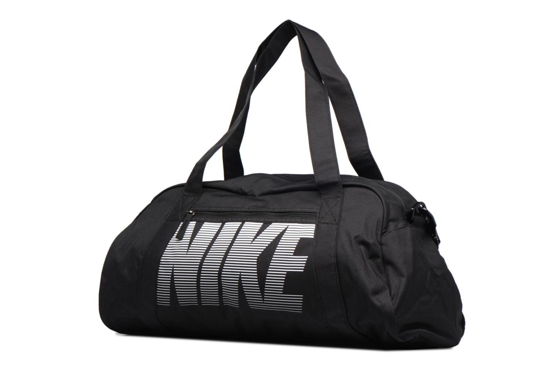 Sacs de sport Nike Women's Nike Gym Club Training Duffel Bag Noir vue portées chaussures