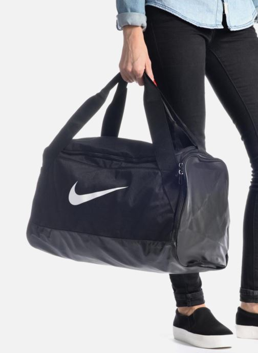 Sports bags Nike Nike Brasilia Training Duffel Bag S Black view from underneath / model view