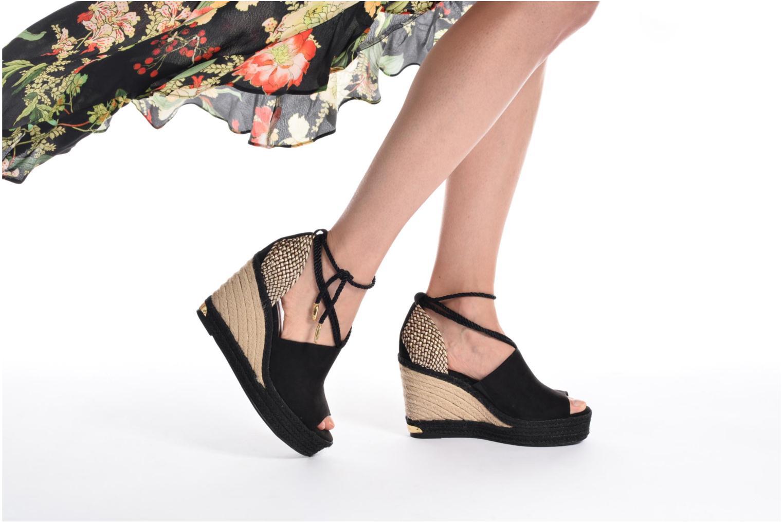 Sandales et nu-pieds Tamaris Yuzu Noir vue bas / vue portée sac
