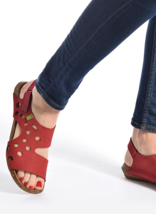 Sandales et nu-pieds El Naturalista Wakataua N5061 Rouge vue bas / vue portée sac