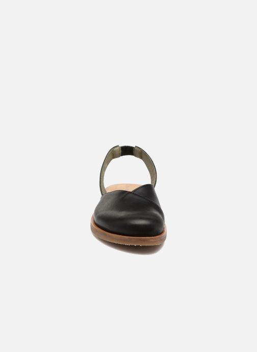 Sandales et nu-pieds El Naturalista Tulip NF38 Noir vue portées chaussures