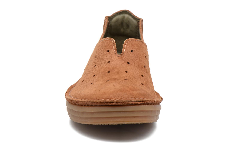 Mocassins El Naturalista Ricefield NF88 Marron vue portées chaussures