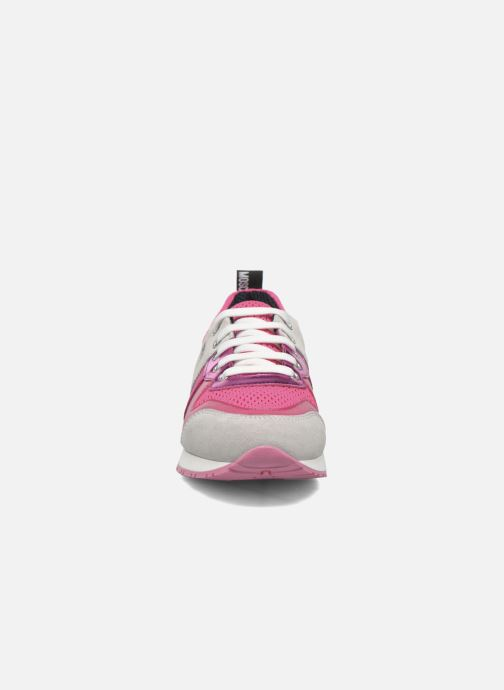 Deportivas Love Moschino Sneaker Mania2 Rosa vista del modelo