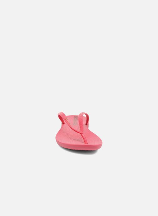 Tongs Ipanema Wave Rose vue portées chaussures