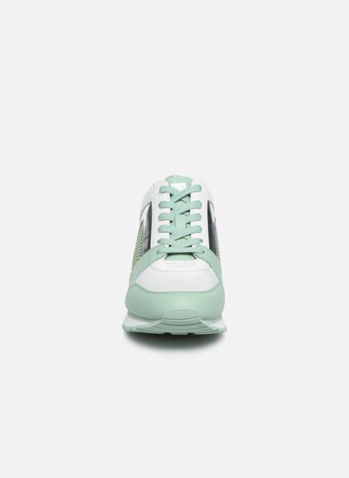 Sneakers Michael Michael Kors Billie Trainer Verde modello indossato