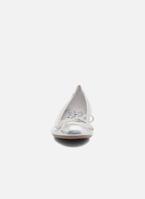 Ballerines Acebo's Camelia 2 Argent vue portées chaussures