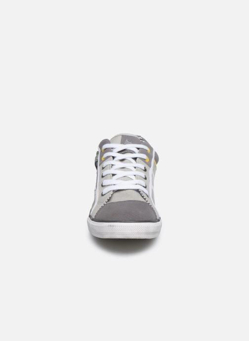 Baskets Kaporal Bily Gris vue portées chaussures
