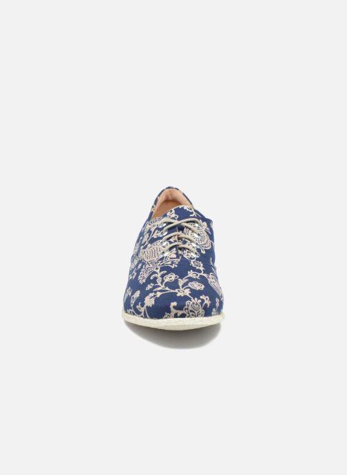 Zapatos con cordones Think! Shua 80036 Azul vista del modelo