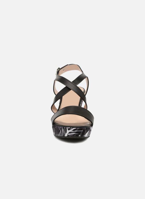 Sandaler JB MARTIN Dayane Sort se skoene på