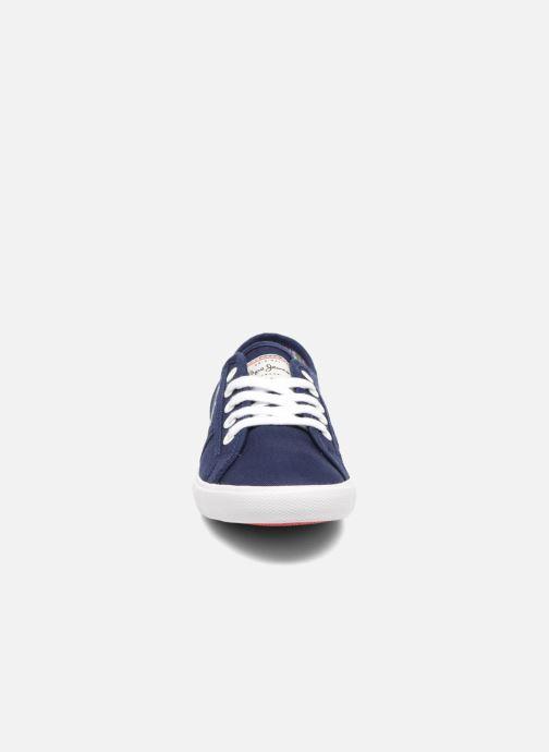 Sneakers Pepe jeans Aberlady Basic 17 Azzurro modello indossato