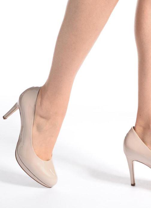 Zapatos de tacón HÖGL Kasia Beige vista de abajo