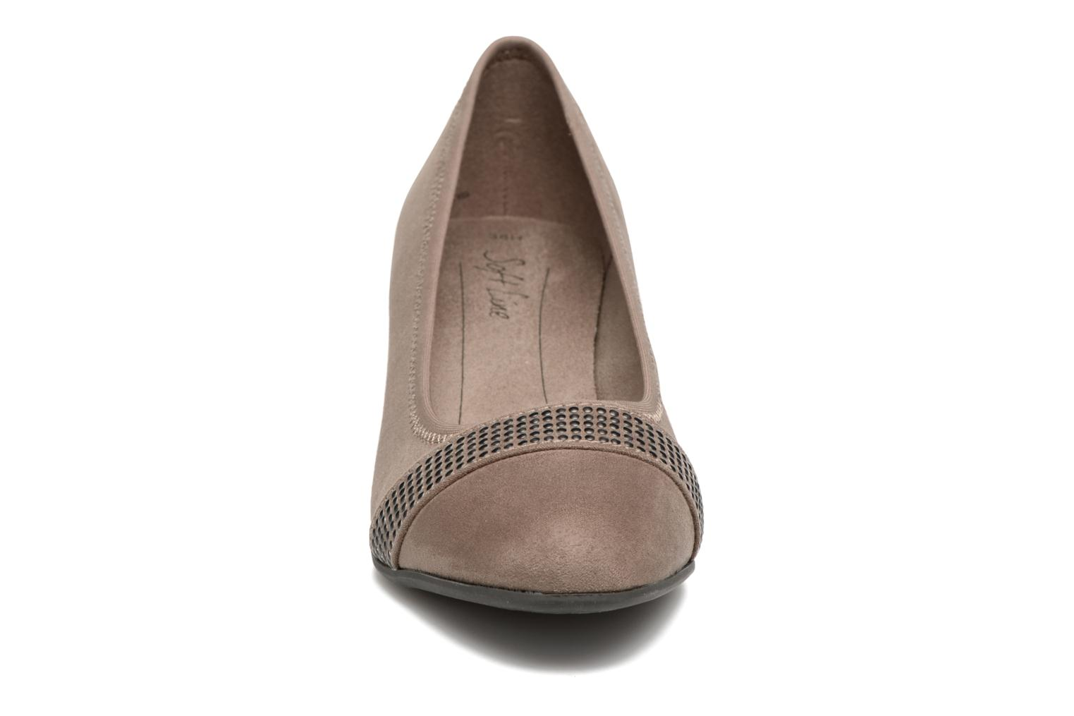 Pumps Jana shoes Carla 2 Beige model