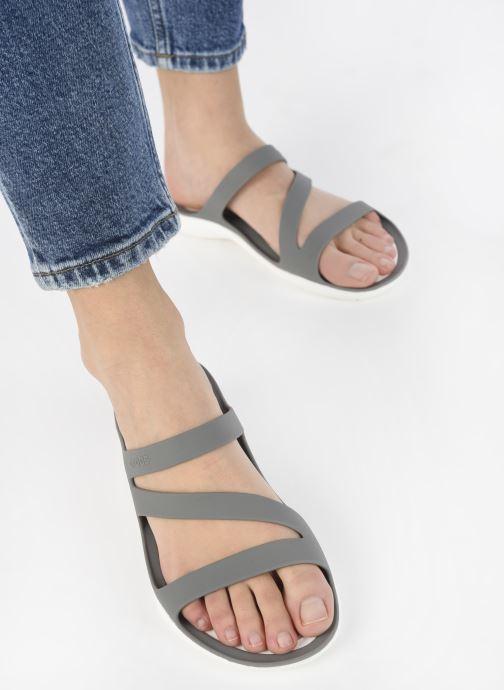 Clogs & Pantoletten Crocs Swiftwater Sandal W schwarz ansicht von unten / tasche getragen