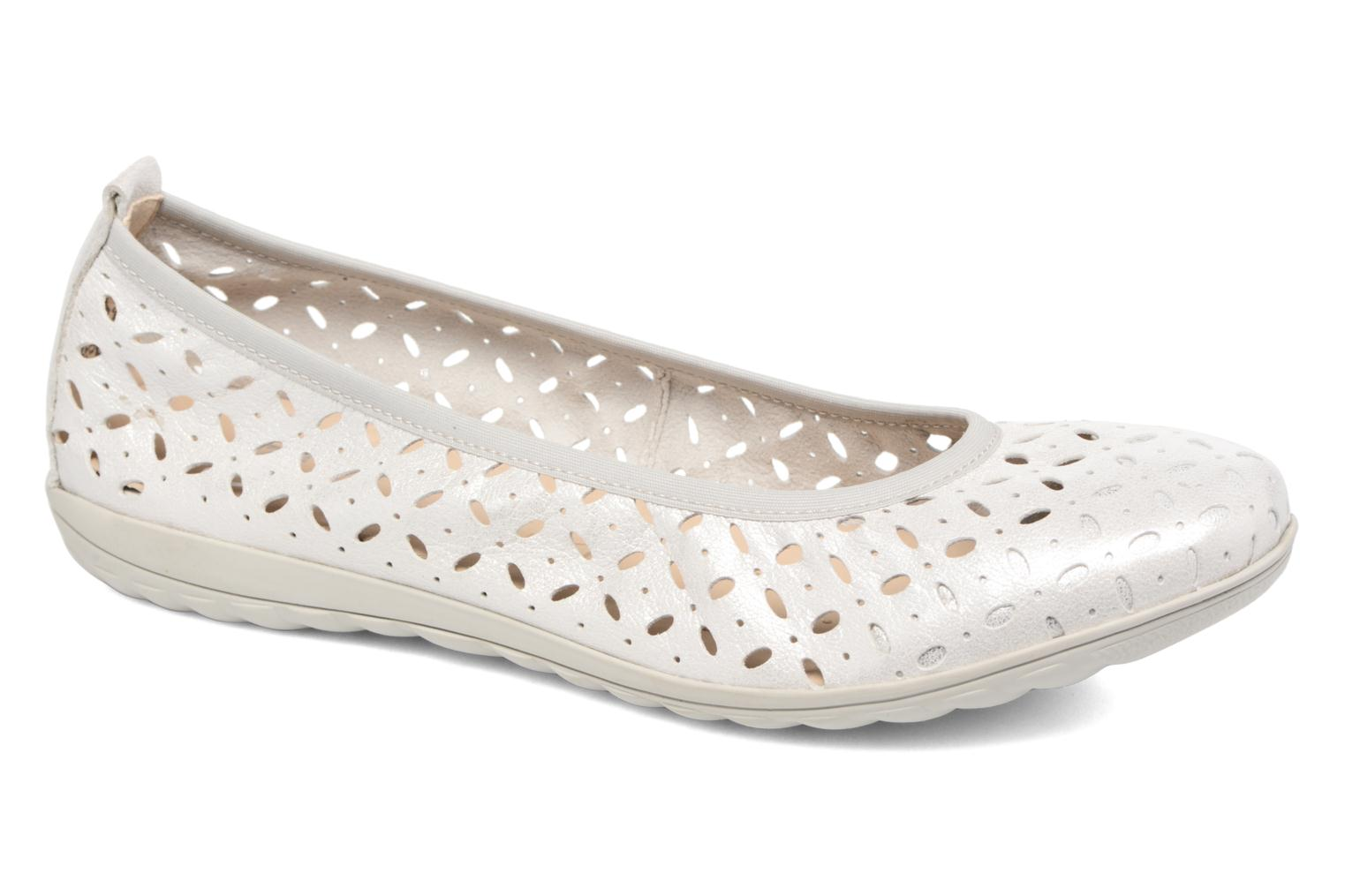 Ballet pumps Caprice Alena Silver detailed view/ Pair view