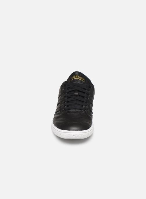 Trainers adidas originals Busenitz Black model view