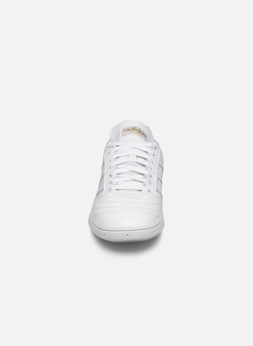 Trainers adidas originals Busenitz White model view