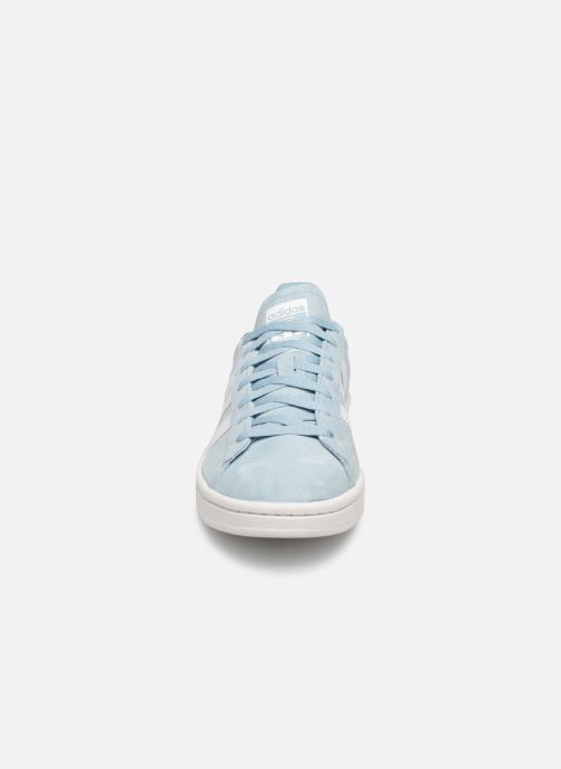 Baskets Adidas Originals Campus W Bleu vue portées chaussures