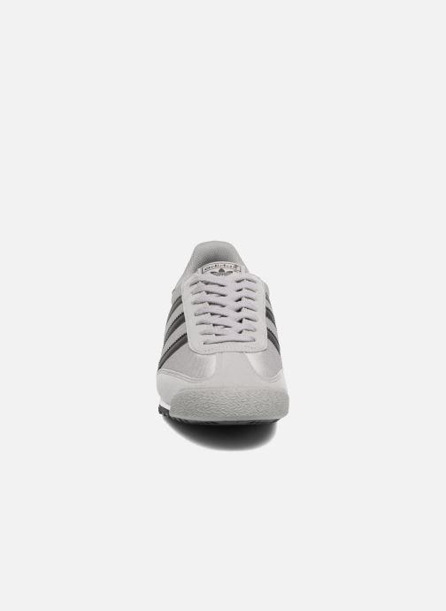 Baskets adidas originals Dragon Og Gris vue portées chaussures