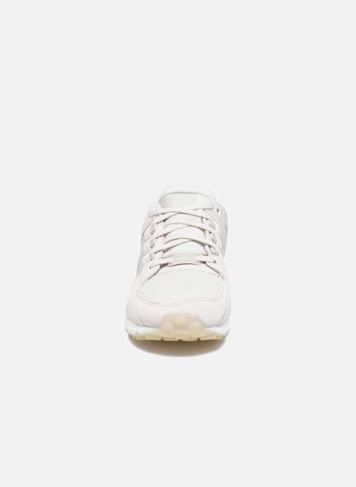 Sneakers adidas originals Eqt Support Rf W Grigio modello indossato