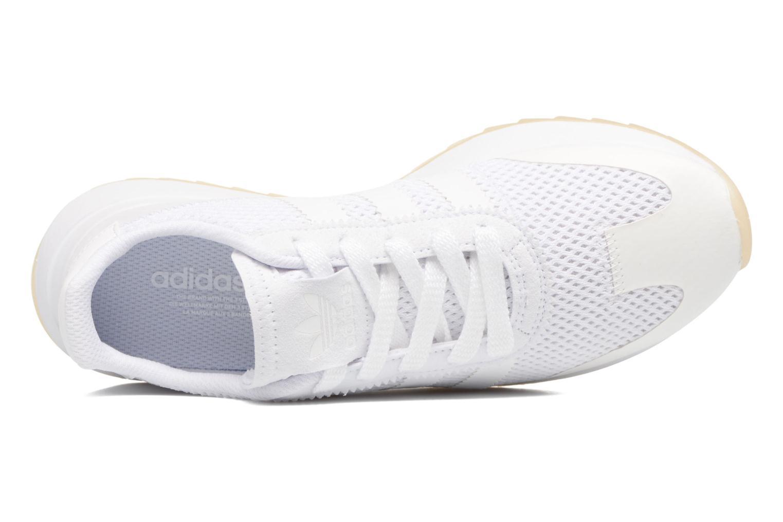 Deportivas Adidas Originals Flb W Blanco vista lateral izquierda