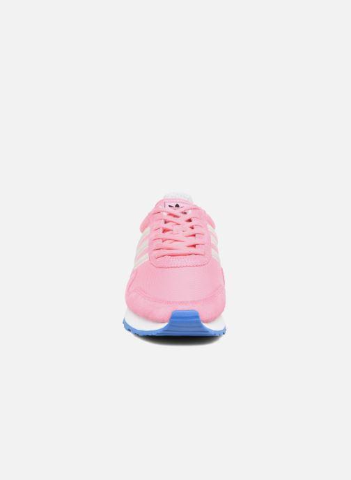 Sneakers adidas originals Haven W Rosa modello indossato