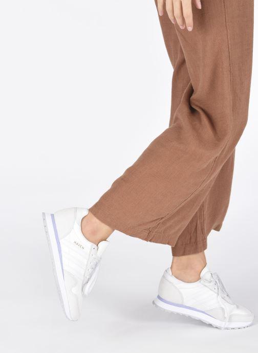Sneaker adidas originals Haven W grau ansicht von unten / tasche getragen