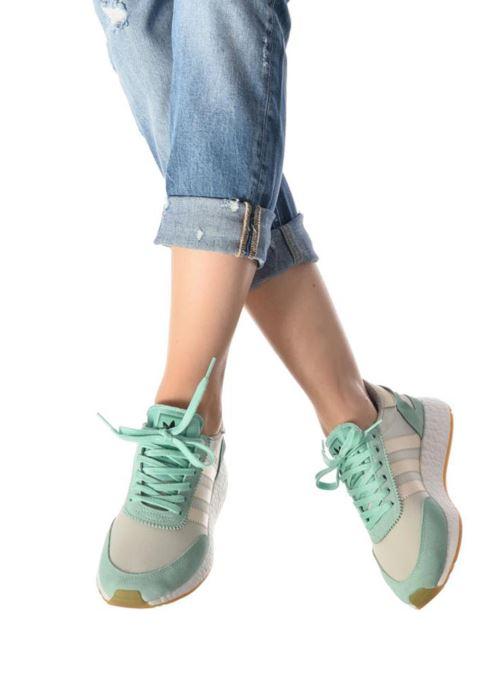 Sneaker Adidas Originals I-5923 Wns orange ansicht von unten / tasche getragen