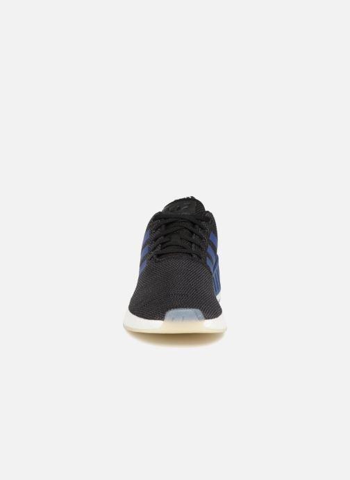 Sneakers adidas originals Nmd_R2 W Nero modello indossato
