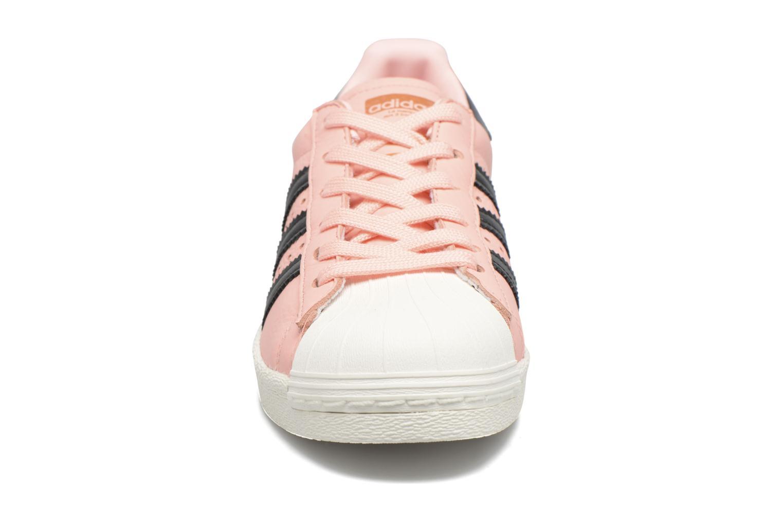 Baskets Adidas Originals Superstar Boost W Rose vue portées chaussures