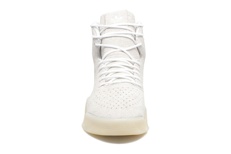 Sneakers Adidas Originals Tubular Instinct Bianco modello indossato