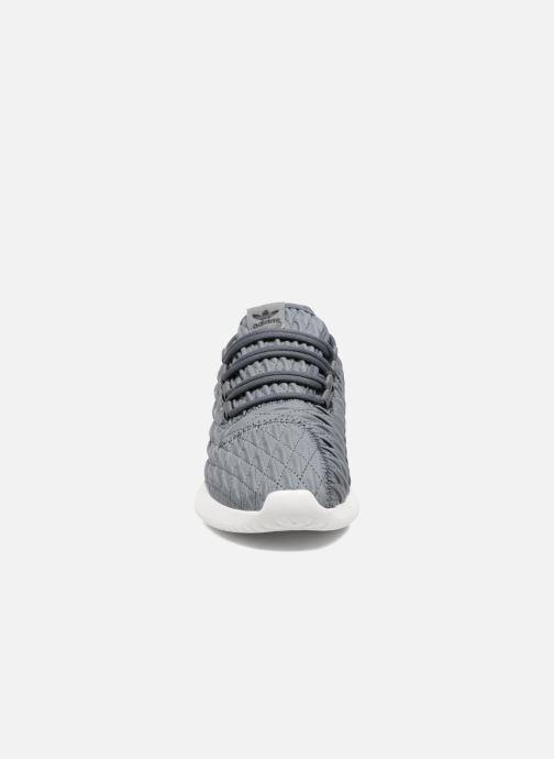 Sneakers adidas originals Tubular Shadow W Grigio modello indossato
