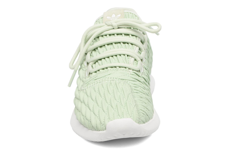 Baskets Adidas Originals Tubular Shadow W Vert vue portées chaussures
