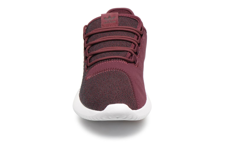 Sneakers Adidas Originals Tubular Shadow Bordò modello indossato